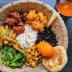 新大久保の人気店「ネパール民族料理 アーガン」でネワール族のランチセット食べてきた