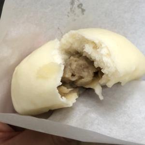「長崎ぶたまん 桃太呂」(長崎県長崎市) 小ぶりサイズでお手頃価格、長崎土産にも人気の豚まん!