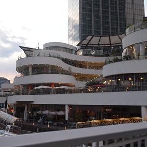 ワンコとGWに横浜ベイクォーター このあたりからチュピが具合が悪くなっちゃった。。。