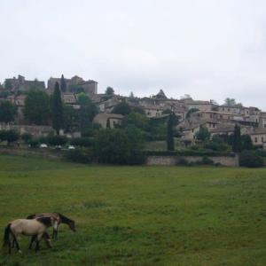 南フランス田舎紀行(10)城と城壁の村 ブリュニケル Bruniquel