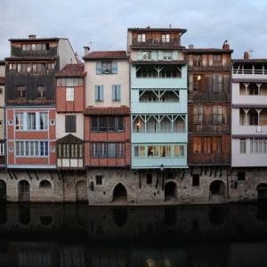 南フランス田舎紀行(11)南フランスのベニスと呼ばれる革職人の中世都市カストル Castre