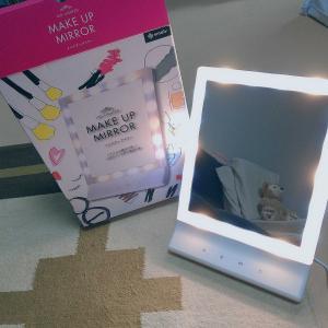 ライト付き鏡(*´꒳`*)