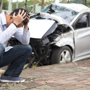 「交通事故トラブル / 双方の保険屋が完全にお手上げ状態であった案件の示談成立」