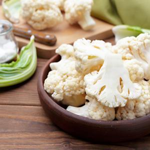 カリフラワーライスは低カロリー&低糖質でダイエットに最適。美容やアンチエイジングにも!