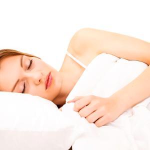 痩せない理由は睡眠不足?知っておきたい睡眠とダイエットの関係