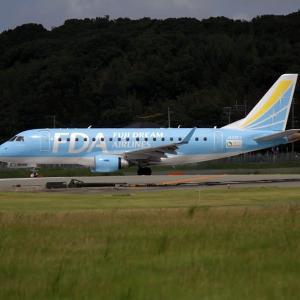 フジドリームエアラインとJ-AIR 福岡空港