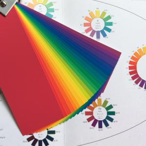 配色カードはどう使うもの?