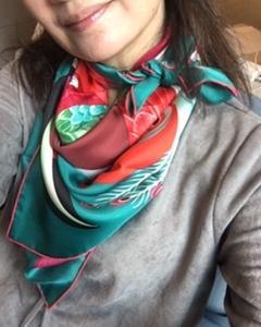 スカーフのお洒落