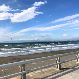 """湘南を海岸沿いに""""HELLO CYCLING""""で走る。"""
