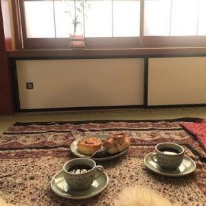 和室をアラビアンスタイルにしてお茶の時間。