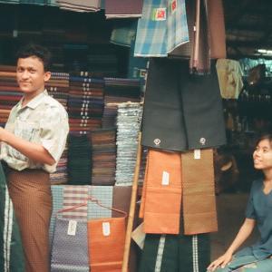 ブログ一時休止ともうひとつのブログとミャンマー支援情報など