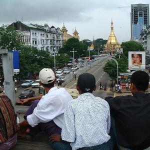 2001 ヤンゴン