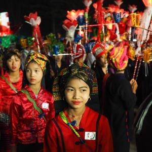 シャン州カロー・タザウンダインの祭り3