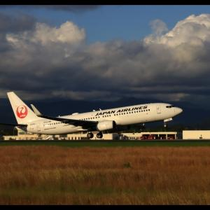 雲の重み 高知龍馬空港(RJOK/KCZ)