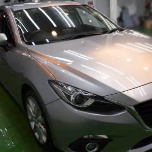2020/6 マツダ アクセラスポーツ20S 札幌市手稲区より【プレミアムガラスコーティング】SPG Cort Type-H(完全2層式ガラスコーティング、撥水・艶・対すり傷・防汚・耐薬品性)と車内クリーニングのご利用ありがとうございました。