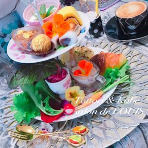 【レッスン後のお楽しみ☆】エディブルフラワー(食べれるお花)を沢山使用したアフタヌーンティー