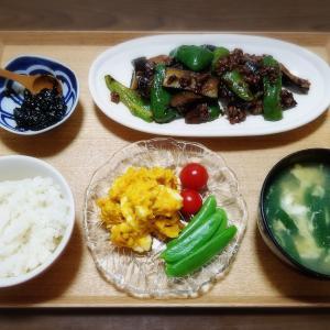【家ごはん】 ナスとピーマンの肉味噌炒め [レシピ] 肉味噌 / 中華風コーン卵スープ