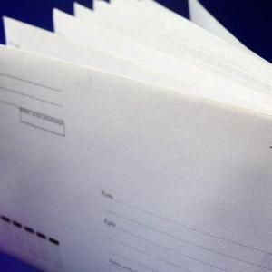 今年(令和2年度 第52回)社労士試験の受験票はいつ届く?届かない場合は8/5までに連絡!