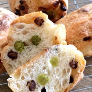 《No.17》うぐいす豆と甘納豆のパン