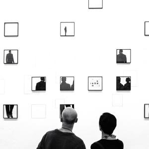 【夏の終わりに楽しむ芸術!】東京の街に現れる♪いつもの街並みから感じる芸術イベント