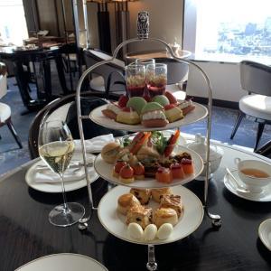 【コロナでもいつも通り】リッツカールトン東京のクラブラウンジでフードプレゼンテーションを堪能!朝食、ランチ、アフターヌーンティー、カクテルタイムをご紹介