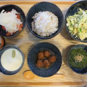 照り焼きミートボールと手作り豆腐の献立(2020年7月30日の朝ごはん)