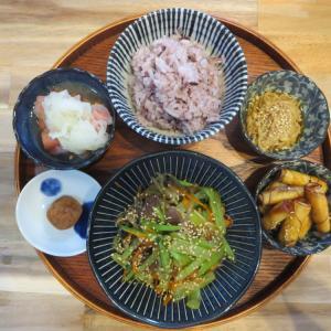 豚肉と小松菜の炒め物の献立(2021年9月17日の朝ごはん)