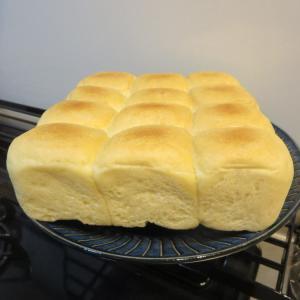 ちぎりパン(失敗しました)(^^;)