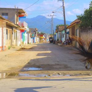 キューバの田舎トリニダーで人生初乗馬体験!その夜には・・・。