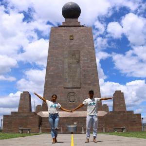 赤道直下第2弾!エクアドルの首都キトで赤道記念碑!