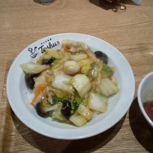 【れんげ食堂・東秀】中華丼630円。栄養満点。ボリュームもアリすぎだけど。