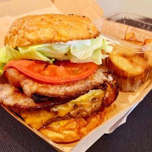 【芝公園テイクアウト・デリバリー】ハンバーガー:「マンチズ バーガー シャック」肉汁あふれるグルメバーガー!