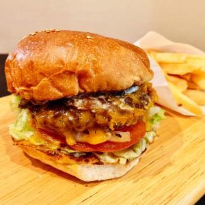 【広尾テイクアウト・デリバリー】ハンバーガー:「バーガーマニア」ちょうど良いサイズ感の美味しいグルメバーガー!