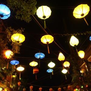 ホイアン ランタン祭り☆ランタンはたくさん灯って綺麗なのか!?前日との比較。