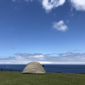 テントから望む海(^^)青森のキャンプ場は素晴らしいね