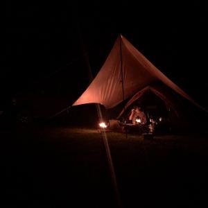 キャンプの夜はもったいなくて眠れない。