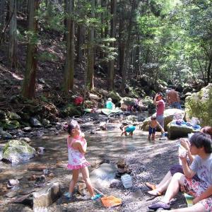 子供も大人も安全な川遊び