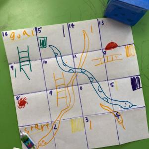 Snakes & Ladders Original Version!