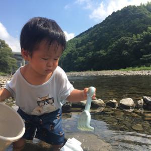 【紹介】こんな近くで川遊びができる「寺島河川敷公園」