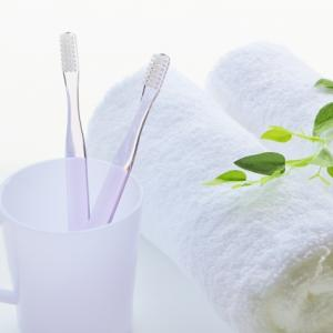 洗面台の歯ブラシ&歯磨き粉をスッキリ収納!三面鏡のウラに隠す収納アイデアを紹介!