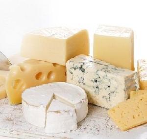ダイエッター必見!間食におすすめのチーズ5選