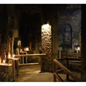 鎌倉に行きました ♪ 長谷寺の弁天窟 ♪