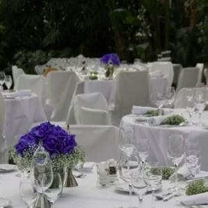 結婚式でテーブルの天板が落下…5歳児が死亡<br />