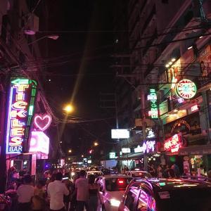 【レンジブログ195】フィリピーナ彼女とゴーゴーバーで夜遊び!?