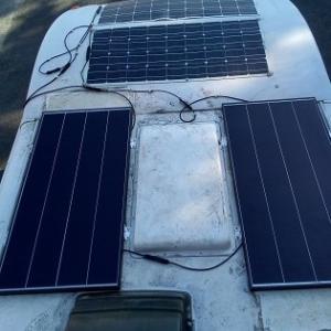 ソーラーパネルの取り換え(終了)