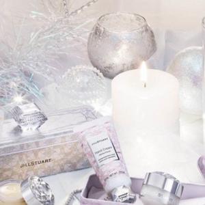 宝石箱のようなパッケージ ジルスチュアートからクリスマスコフレ 限定発売
