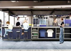 GAP新宿リニューアル、世界初カフェやカスタマイズコーナーも新たに併設