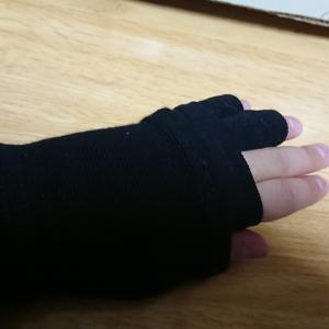 【悲報】左手終了のお知らせ