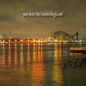 新港夜色 発電所