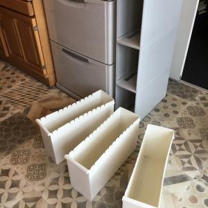 ゴミ箱は定期メンテ日光浴。住居用洗剤はこれ1種に絞りました。